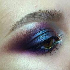 "@tominamakeup on Instagram: ""#tominamakeup#makeup#beauty#makeupartist#style#bride#bridalmakeup#wedding#weddingmakeup#eyemakeup#eye#макияж#визаж#визажист#hudabeauty…"""
