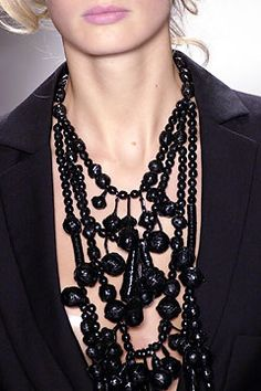 Carolina Herrera Spring 2004 Ready-to-Wear - Collection - Gallery - Style.com