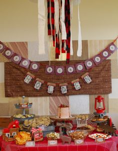 The lumberjack set-up:  banner by https://www.etsy.com/shop/PeppermintPaperie