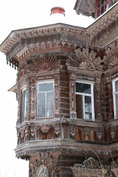 Wooden Architecture, Russian Architecture, Facade Architecture, Beautiful Architecture, Amazing Buildings, Old Buildings, Abandoned Buildings, Abandoned Places, Through The Window