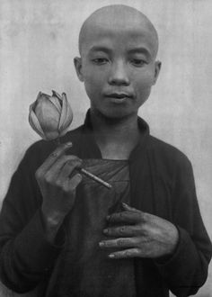 Therese Le Plat - Boy with Flower - Photogravure 1935