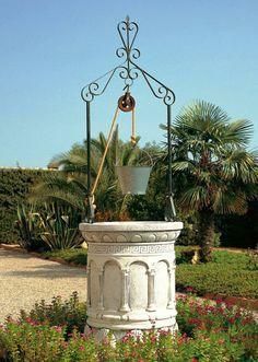 Pozos decorativos para jardín. http://www.piedra-artificial.es/decoracion-para-jardin/pozos