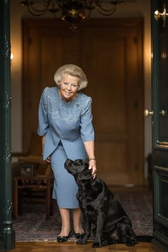 New photos revealed of Princess Beatrix for 80th birthday – Royal Central