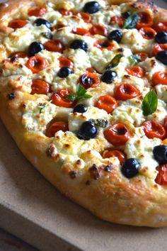 Focaccia con pomodorini e robiola – Meat Foods Ideas Pizza Recipes, Meat Recipes, Grilling Recipes, Cena Light, Pizza Facil, Focaccia Pizza, Pan Relleno, Best Pizza Dough, Italian Dinner Recipes