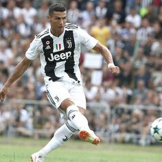 Cristiano Ronaldo Debut for Juventus - Excellent Skills & Goal 2018 Cr7 Juventus, Cristiano Ronaldo Juventus, Real Madrid, Soccer News, Sports News, Portugal National Team, Match Highlights, Soccer Players, Champions League