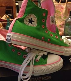 Pink and green Converse high tops would look awesome with jeans, a green tee a pink blazer! Green Converse High Tops, Converse All Star, Converse Chuck Taylor, Aka Sorority, Alpha Kappa Alpha Sorority, Green Tee, Pink And Green, Pink Apple, Delta Zeta