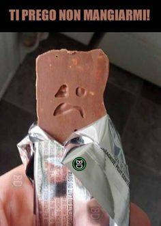 Lasciando navigare la fantasia...  #bastardidentro #cioccolato #barretta #faccia
