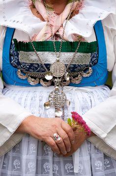 a close-up of the folk dress of Vemmenhög, Skåne, Sweden. <3 the sheer white apron.