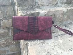 "Pochette ""Red St Tropez"" via SuzyBlake. Click on the image to see more!"
