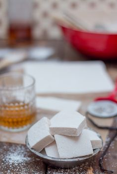 **sub out sugars for erythritol*** Bourbon & Vanilla Bean Marshmallows Recipes With Marshmallows, Marshmallow Recipes, Cooking Stone, Marshmallow Creme, Dessert Recipes, Desserts, Bourbon, Sweet Tooth, Sweet Treats