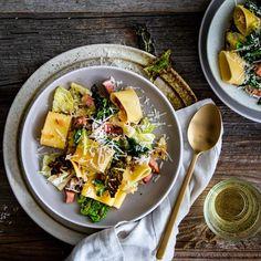 Mini-Pizzen - Rezept   EDEKA Curry Pasta, Lentil Curry, Lentils, Pasta Salad, Love Food, Acai Bowl, Dinner, Breakfast, Ethnic Recipes