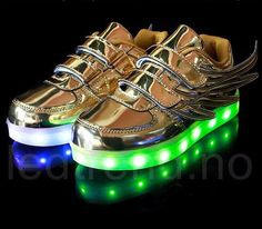 2017 new USB Charging Basket Led Children Shoes With Light Up Kids Casual Boys&Girls Luminous Sneakers Glowing Shoes enfant Led Light Up Sneakers, Light Up Trainers, Light Up Shoes, Boys Casual Shoes, Girls Sneakers, Boys Shoes, Glow Shoes, Dere, Kids Lighting