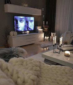 European Home Decor – Best Puzzles, Games, Ideas & Condo Living, Cozy Living Rooms, My Living Room, Home And Living, Living Room Decor, Living Spaces, European Home Decor, Home And Deco, House Rooms