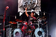\m/ BEST DRUMMER EVER Ex-SLAYER Phenom DAVE LOMBARDO \m/ http://metalpsychos.blogspot.com/2013/02/slayer-drummer-dave-lombardo-fired-from.html