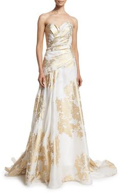 Rubin Singer Sweetheart-Neck Pleated-Bodice Gown, White/Gold, weiss, Hollywood Dresses. Atemberaubende, glamouröse Abendkleider für den roten Teppich. Amazing dresses for the evening, for cocktail partys, red carpet...