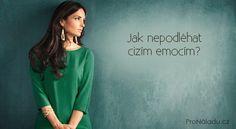 Jak nepodléhat cizím emocím?   ProNáladu.cz V Neck, Boho, Nordic Interior, Women, Happy, Fashion, Moda, Fashion Styles, Bohemian
