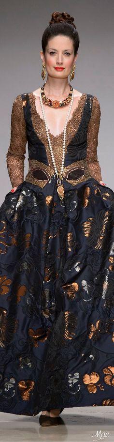 Fall 2015 Couture - Raffaella Curiel Couture