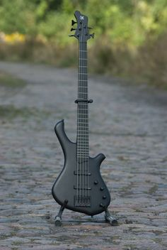 Mayones Be Gothic 5 bass
