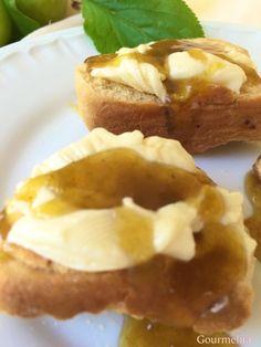 Μαρμελαδα κορομηλο #keeper Baked Potato, Treats, Baking, Fruit, Ethnic Recipes, Food, Sweet Like Candy, Goodies, Bakken