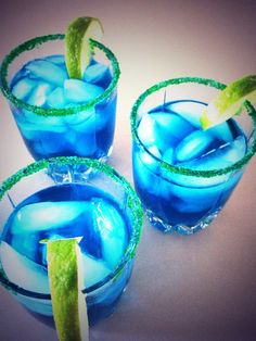 'The Seahawk'- 1 oz. Vodka, 1 oz. sweet and sour, 3 oz. Blue Curaçao. Garnish with green sugar sprinkles from baking aisle and a slice of lime. GO HAWKS!! -ds