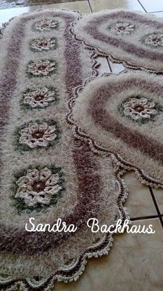 Arte Floral, Crochet Doilies, Diy And Crafts, Crochet Patterns, Embroidery, Decor, Crochet Carpet, Crewel Embroidery, Crocheted Lace