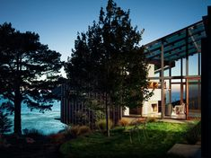 The Fall House designed by Fougeron Architecture