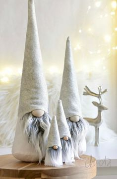 Scandinavian Gnome SET, Nordic Gnome Tomte Family, Nordic Inspired Home Decoration, Hygge Holiday De - New Sites Christmas Gnome, Christmas Art, Christmas Projects, All Things Christmas, Christmas Holidays, Christmas Ornaments, Nordic Christmas Decorations, Scandinavian Gnomes, Scandinavian Christmas