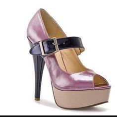 GORGEOUS HEELS BRAND NEW Turn heads in these stunning Steve Madden Sassy Lavender & Navy heels! Steve Madden Shoes Heels