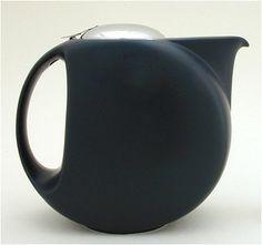Half Moon Teapot in Matte Black by Zero Japanese.
