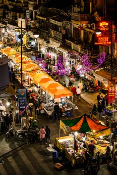 Night Market, HaNoi, Vietnam Cara Crumbliss Photography