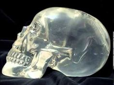 If you have viewed our Ounce Brazilian Crystal Skulls and would like to find out how to get a larger or smaller Crystal Skull then you are on the right Ancient Egyptian Art, Ancient Aliens, Ancient Greece, Ancient Mysteries, Ancient Artifacts, Crane, Pictures Of Crystals, Les Aliens, Avatar