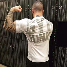 2017 Fall Lineup BADINONG Brand Design GYM JUNKY Bodybuilding T-Shirt