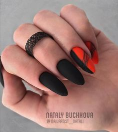 Black is a commonly used color in nail art designs. Many people have tried black nail art designs. Black can be used on nails of any shape. Black coffin nails and black Stiletto nails ar Marble Nail Designs, Almond Nails Designs, Nail Art Designs, Black Nail Art, Black Nails, Multicolored Nails, Water Nails, Acrylic Nail Shapes, Short Nails Art