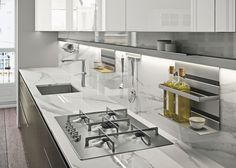 Snaidero USA provides the American market with the finest in Italian modern luxury kitchen designs, created by the world's foremost architects and designers. Luxury Kitchen Design, Design Your Kitchen, Luxury Kitchens, Modern Kitchens, Fitted Kitchens, Modern Kitchen Cabinets, Kitchen Interior, Kitchen Decor, Kitchen Ideas