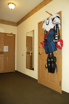 Time how long it takes people to get dressed in full goalie gear! Make sure Joe's stuff is clean if you use that lol Fastest person wins! Boys Hockey Room, Youth Hockey, Hockey Girls, Hockey Mom, Hockey Teams, Hockey Players, Ice Hockey, Hockey Stuff, Hockey Decor
