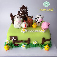 Torta Granja en Medellín, Farm Cake in Medellin – Cake by Giovanna Carrillo - Nutztiere Farm Birthday Cakes, Animal Birthday Cakes, Farm Animal Birthday, Animal Cakes, 2nd Birthday, Farm Animal Cupcakes, Farm Animal Party, Barnyard Party, Farm Party