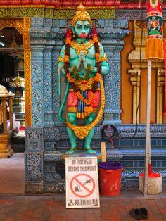 Find Hindu influences in Malaysia