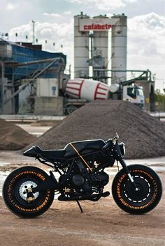 Ducati SS 750 Cafe Racer by IRON Pirate Garage - Photos by Tania Innocenti Interesting choice of a much sharper look than most Cafe Racers, very intriguing. Ducati Cafe Racer, Cafe Bike, Cafe Racer Motorcycle, Motorcycle Design, Bike Design, Ducati 750, Moto Ducati, Bobber Custom, Custom Cafe Racer