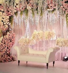 This wedding season make your function a grand one with 24 dazzling wedding stage decoration ideas that you haven't seen in any other wedding. Wedding Backdrop Design, Wedding Stage Design, Wedding Hall Decorations, Wedding Reception Backdrop, Wedding Mandap, Backdrop Decorations, Quinceanera Decorations, Indian Reception, Decor Wedding
