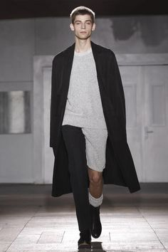 Long cardigan/coat Maison Martin Margiela Menswear Spring Summer 2015 Paris