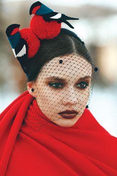 "Marta Holod hat by ""Snegiri"" Martha Chill. #judithm #felt #birdmotif Loving the jolly red-breasted birds. Check her blog for more."