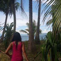 Exploring the tropical island with my cousin.    #island #wanderlust #tropical #beach #adventure #summer #nature #paradise #travelgram #travelfolk #instatravel #instadiary #philippines by kathyperi http://bit.ly/AdventureAustralia