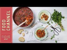 Ταχινόψωμα με σοκολάτα & κανέλα - madameginger.com Good Food, Veggies, Beef, Vegan, Recipes, House, Meat, Rezepte, Haus