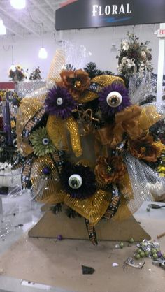 I got my eyes on you Halloween wreath...Robin Evans
