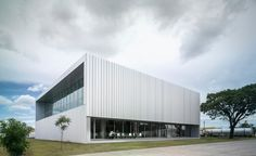 Ruiz Pardo & Nebreda . ZM Operations Building . Lusaka (2)