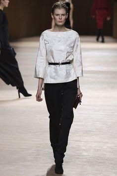 Hermès Fall 2015 RTW Runway - Vogue-Paris Fashion Week