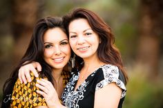 Mother and Daughter, Portraits, Palm Desert family portraits | family of 2 | sisters | outfits for portraits | family pictures | posing for families | photographed by Jennifer Yount Photography | outdoor portraits | mother's day gift | gift for mom