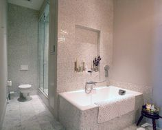 #tub  Source: http://www.apartmenttherapy.com/neat-organized-bathrooms-from-our-house-tours-165062