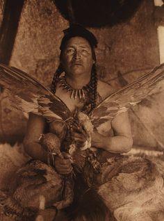 Edward S. Curtis. Placating the Spirit of a Slain Eagle. 1926.