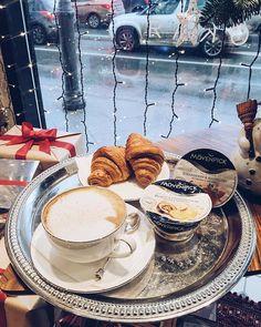 Друзья, теперь вас ждут вкусные завтраки! ☕️ Мы понимаем насколько важно успеть сделать всё в преддверии Нового года , и заботимся о вашем комфорте. Начинайте своё #доброеутро в РЯБЧИКЕ! Ура!